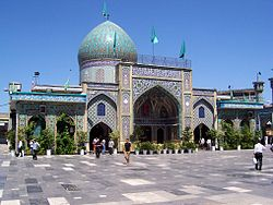 Jalaleddin-ashraf-Shrine-3