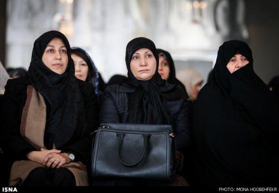 همسران روحانی (رئیس جمهور)، جهانگیری (معاون اول رئیس جمهور ) و ظریف (وزیر خارجه)