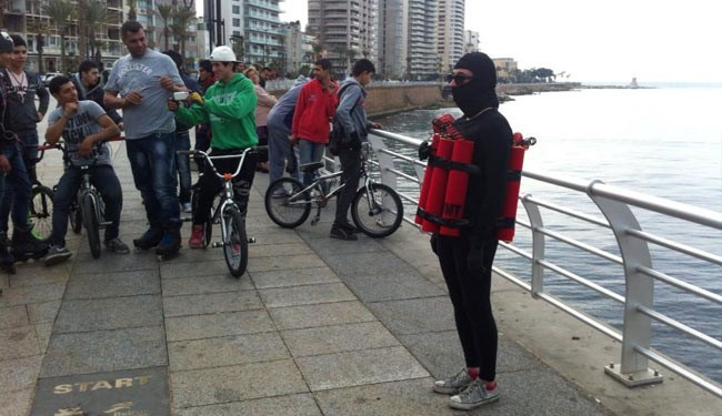 زن انتحاری در خیابانهای بیروت جولان میدهد!