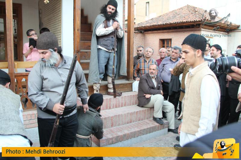 اجرای نمایش در خانه میرزاکوچک-استادسرا