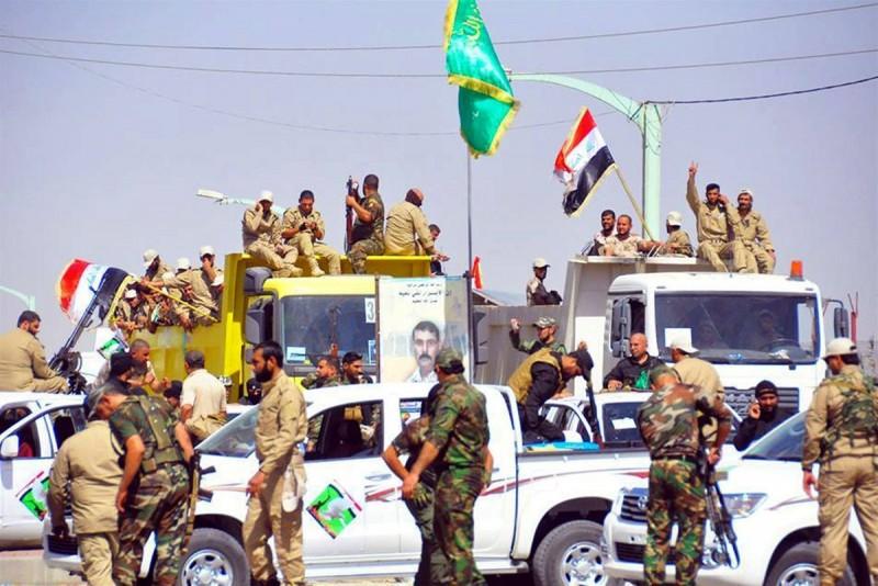 عکسهایی از نیروهای داوطلب مقابل حرم امامین عسکریین (ع)