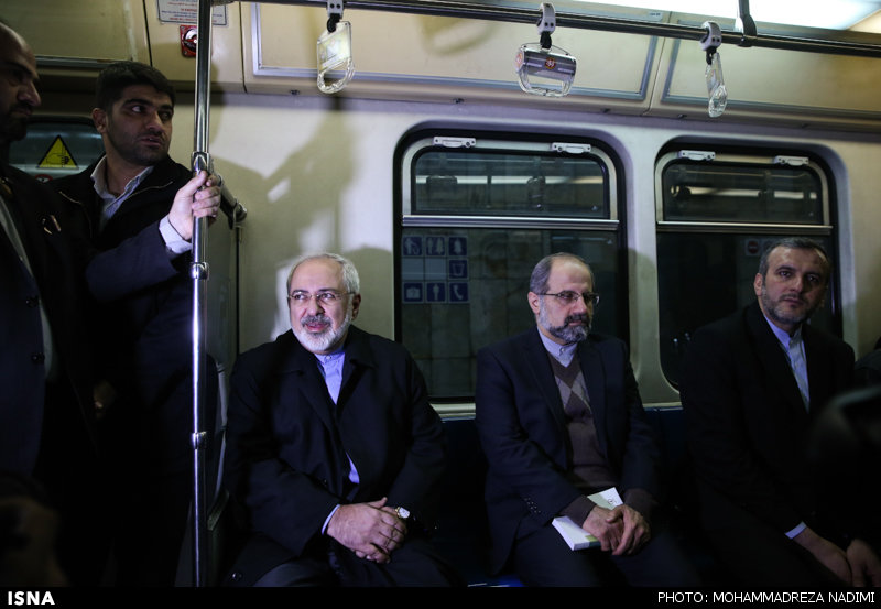 محمدجواد ظریف در مترو
