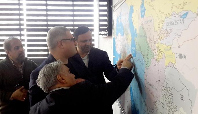 سرمایه گذاران روسی در دیدار با مدیرعامل منطقه آزاد انزلی
