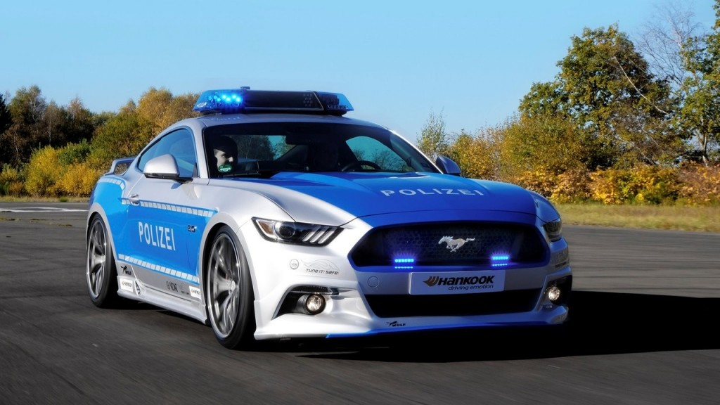 ۱۶-۱۱-۳۰-۱۳۲۷۳۵polizei-ford-mustang-gt-tuner5