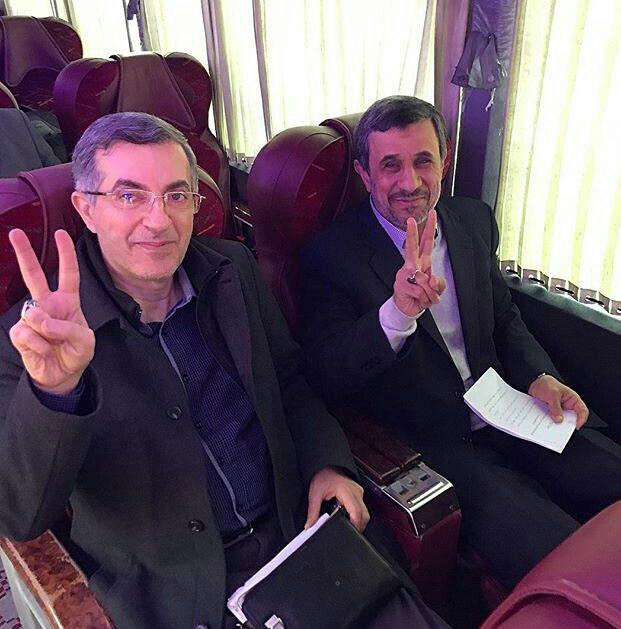 تصویری از محمود احمدینژاد در مسیر رشت
