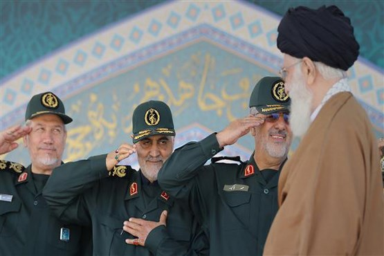 سردار سلیمانی امروز ۶۱ ساله شد+تصاویر کمتر دیده شده