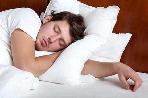 خواب کوتاه روزانه و ۷ اتفاقی که به دنبال آن در بدن می افتد