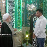 photo 2018 11 09 15 35 05 200x200 - شیعه شدن یک شهروند آمریکایی در مسجد امام رضا گلسار