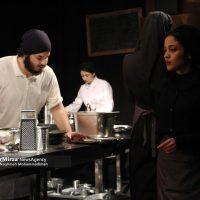 """4 200x200 - گزارش تصویری اجرای نمایش """"آشپزخانه"""" در تماشاخانه هامون رشت"""
