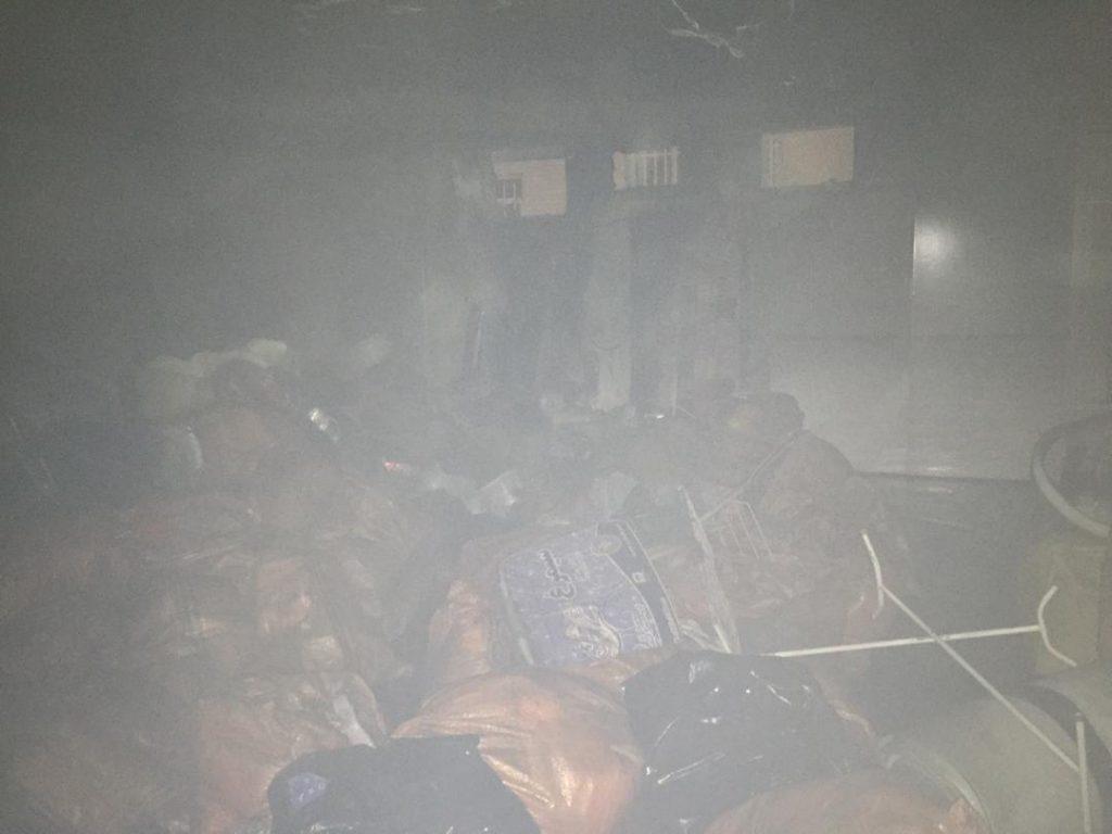 آتش گرفتن خوابگاه دانشجویی در رشت | علت حادثه اتصالی سامانه سیمکشی برق بود